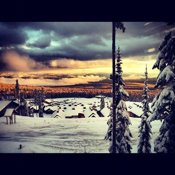 Gorgeous colours in BC  #GILOVEBC #bigwhite #kelowna #bc