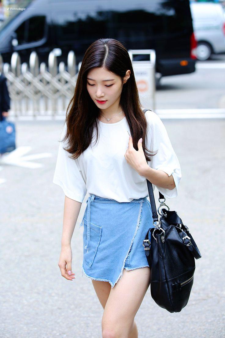 chaeyeon of ioi and dia // Korean fashion and style