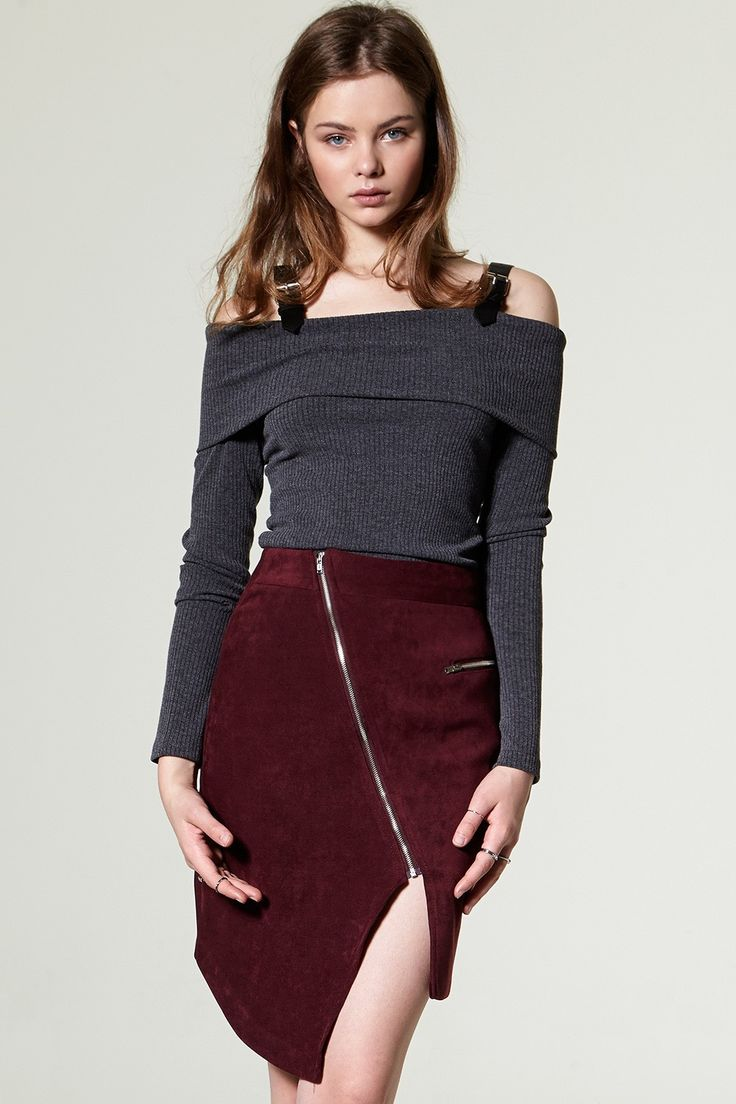 Zoe Zip Slit Suede Skirt Discover the latest fashion trends online at storets.com