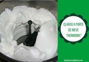 Cómo montar las claras a punto de nieve con Thermomix: claras, gotas de limón, una pizca de sal, mariposa y 1 minuto por cada clara velocidad 3½ ¡Fácil!