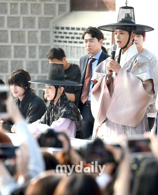 271 best images about moonlight drawn by clouds on