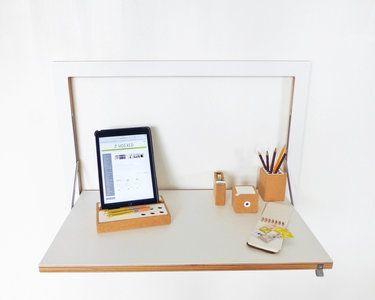 Dit praktische Ambivalenz bureau is inklapbaar en neemt daarom een minimum aan ruimte in. Ideaal in studio-appartementen of kleine ruimtes