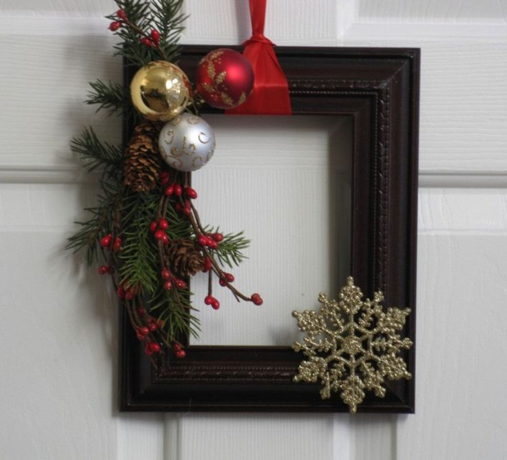 Christmas Picture Frame Wreath - Country Christmas. $20.00, via Etsy.  At:  www.badcandystudios.etsy.com.