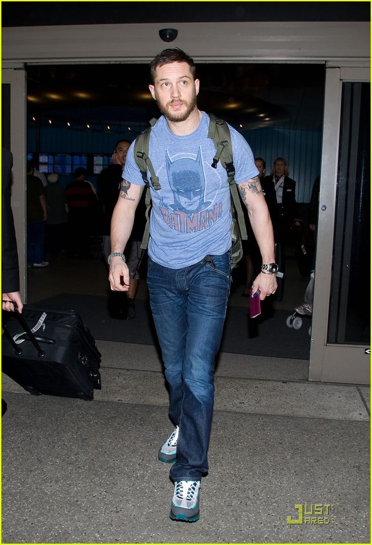 Tom Hardy in a Batman shirt..... Could it get any better!!!!!
