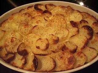 Krydret oksekødfad med kartofler……..