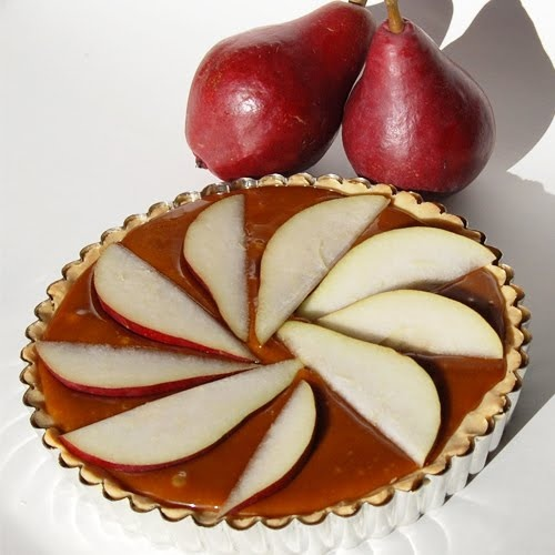 The Craftinomicon: Friday Food Craft: Caramel Pear Tart