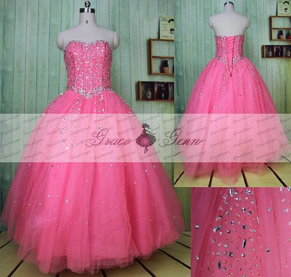 Gracegown jurk Detail: Vormgeving: Ball-Gown Mouw: mouwloos Zoom-lijn: de lengte van de vloer van de Occasion: Prom, avond, bruiloft  Te gedenken gebeurtenis: Quinceanera jurk, Ball Gown Prom jurk, Sweetheart korset Prom jurk, gerolde bal toga Tulle rok Sweet 16 jurk, Pink Prom jurk 2016  Kleur: Kies als onze kleurenafbeelding grafiek vrij. (Omdat de computerschermen hebben chromatische aberratie, kleur kan variëren in verschillende CRT- en LCD-schermen. We kunnen niet garanderen dat de…