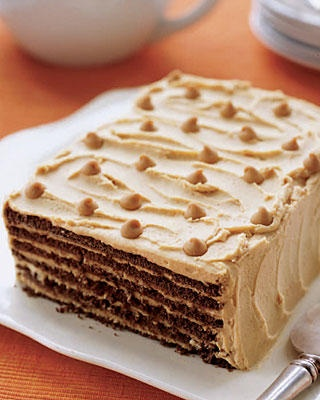 Only 3 ingredients!! Seriously??!! Chocolate Peanut Butter Refrigerator Cake... YUM!!!