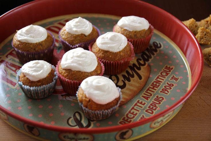 Mrkvové muffiny s ricottovo citrónovou čapičkou