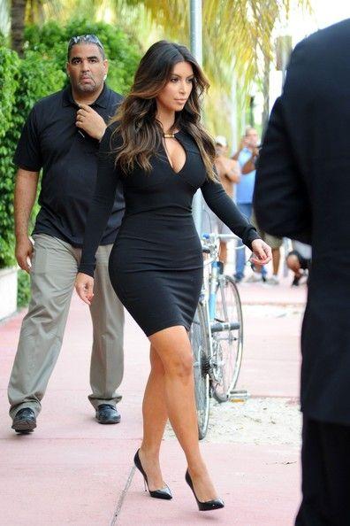 Kim Kardashian Photo - Khloe Kardashian gets prepped for a Kardashian Kollection photo shoot in Miami