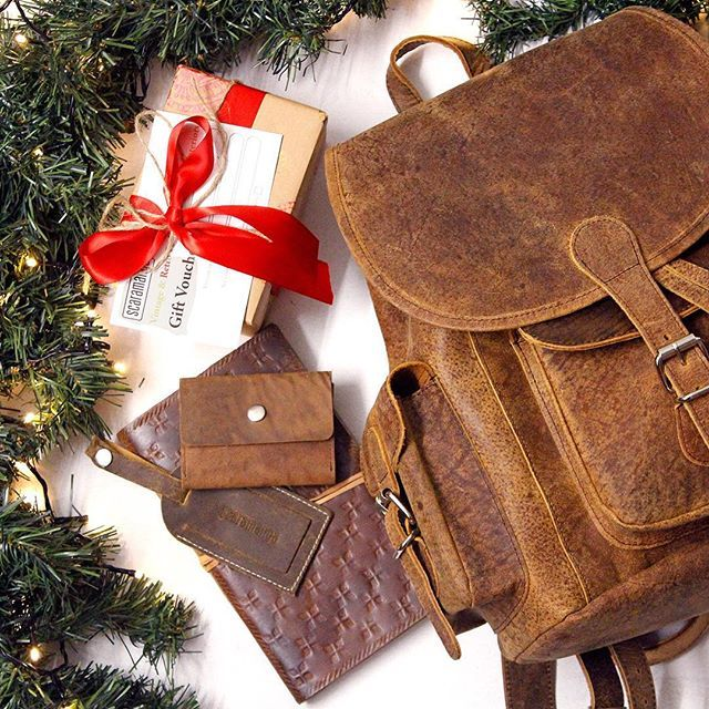Dropping new Christmas Gift Sets 'cause that's how we do it #swag #gifts #christmas #christmas2015 #christmasgifts #leather #boho #backpack #rucksack #travel #traveller #free #giftvoucher #love #lights #festive #style