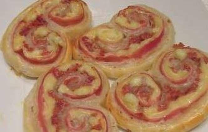 Palmeritas de hojaldre saladas