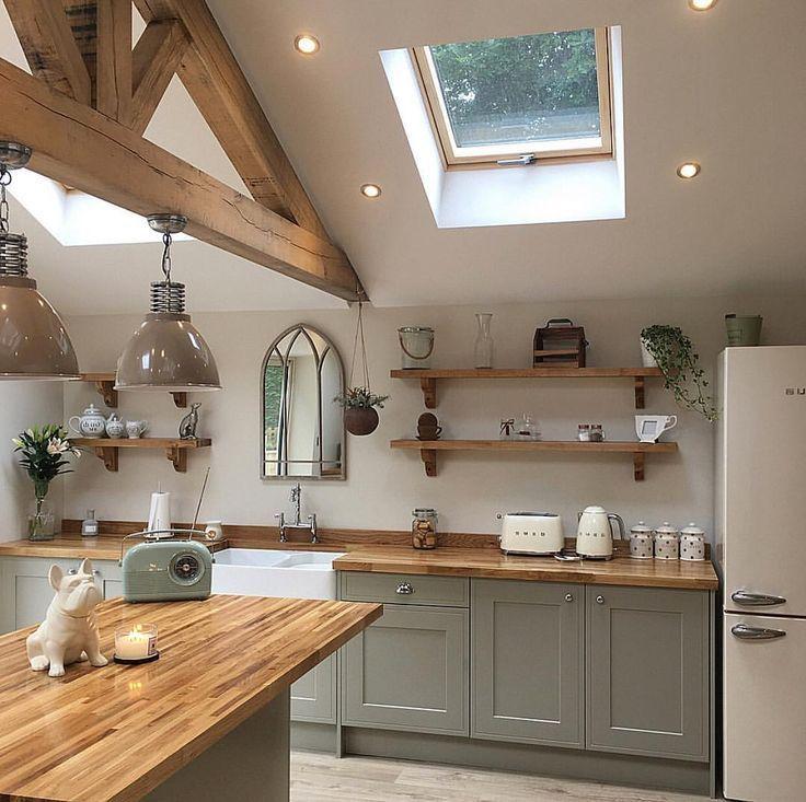 Ich werde nie müde von dieser schönen modernen Landhausküche auf meinem #dieser #landhauskuc…