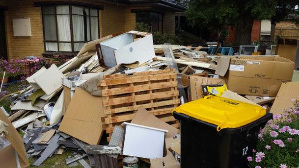 Looking for best rubbish removal service Melbourne VIC? Must Collect Rubbish provide professional waste removal service in Melbourne area.
