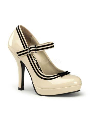 Retro Cream Mary Jane Pumps with Black Velvet Bow #bluevelvetvintage