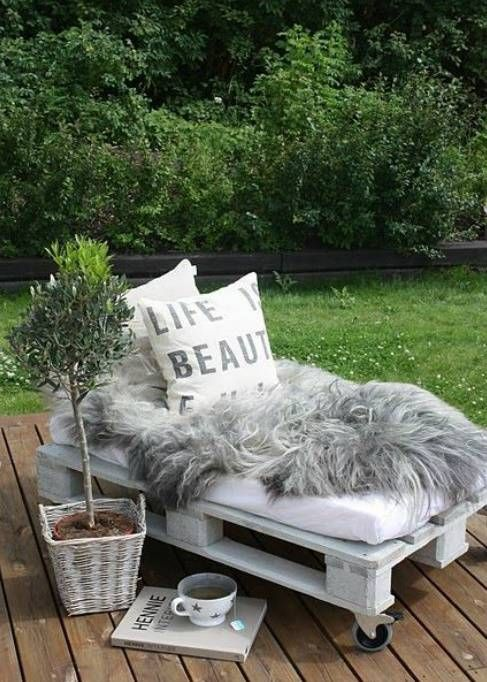 Ideias-para-decorar- sofa de paletes jardim