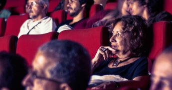 Uma programação variada e intensa marca a quinta edição do V FECIBA – Festival de Cinema Baiano, que acontece de 07 a 13 de junho, no Cine Santa Clara em Ilhéus, Bahia. Filmes de curtas e longas metragens, debates, workshops, mesa redonda e oficinas, formarão o cenário de encontros entre realizadores, pensadores, comunidade acadêmica.