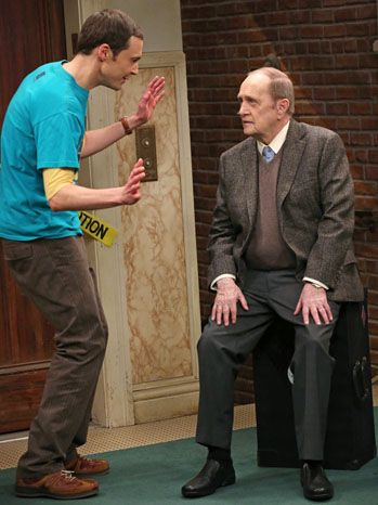 TV legend Bob Newhart will guest star as Professor Proton, the former host of Sheldon's (Jim Parsons) favorite science show. As it turns out, the science guru also happened to be a key player in the childhoods of both Sheldon and Leonard (Johnny Galecki).