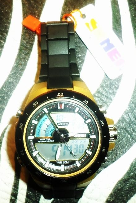 Exelente Reloj