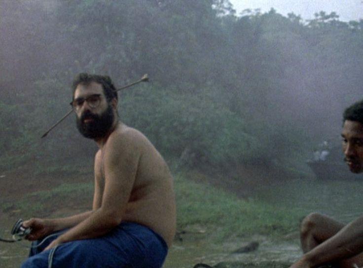 """Drogen, Naturkatastrophen, rituelle Tierschlachtungen: Der Dreh zu """"Apocalypse Now"""" war so anarchisch, dass der Film kaum fertig wurde. Heute gilt das Werk als Meilenstein der Kinogeschichte - gerade wegen der Exzesse am Set."""