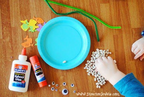 1000 ideas about aquarium craft on pinterest paper for Fish crafts for preschoolers