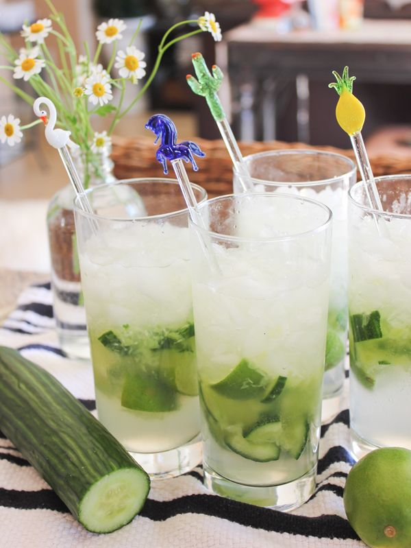 Pepino Cocktail: cucumber, limes, vodka and sprite.