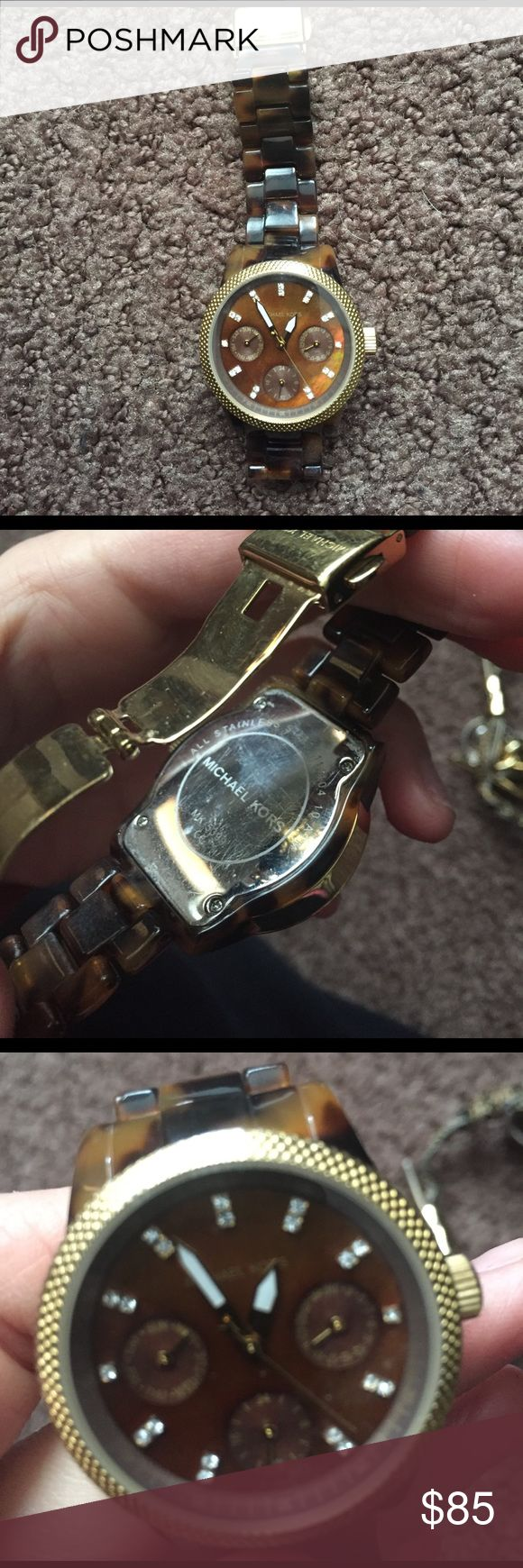 Michael Kors tortoise shell watch Beautiful tortoise shell watch. Has been worn for a few years but still in great condition. Battery replaced about one year ago Michael Kors Accessories Watches