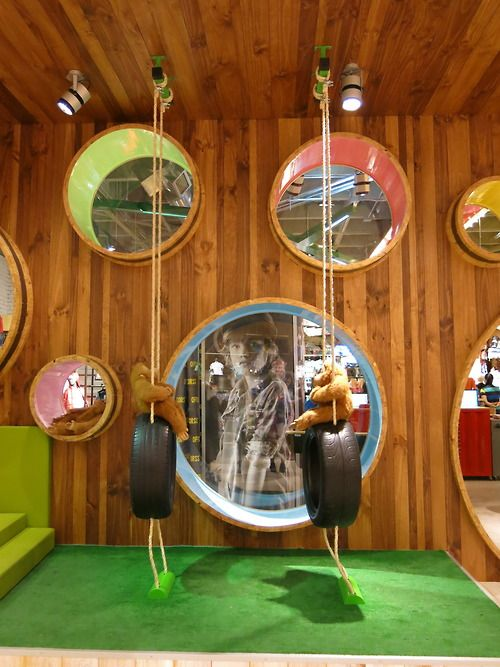 We visited Colombian kidswear brand, OFFCORSS new retail concept in Medellin. The warm, colourful space is an interactive playground for kids, complete with iPads loaded with games, a ball pit, swings, a virtual graffiti wall and whimsical touches all around.