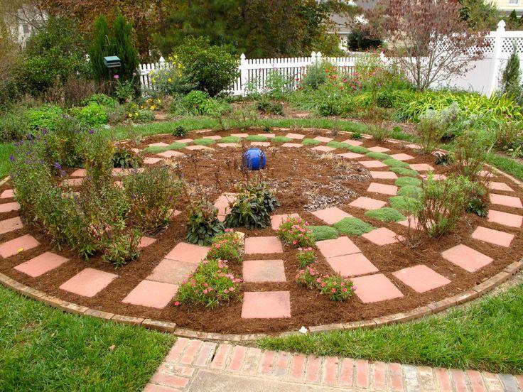 Secret Garden: 68 Best G-circle Gardens Images On Pinterest