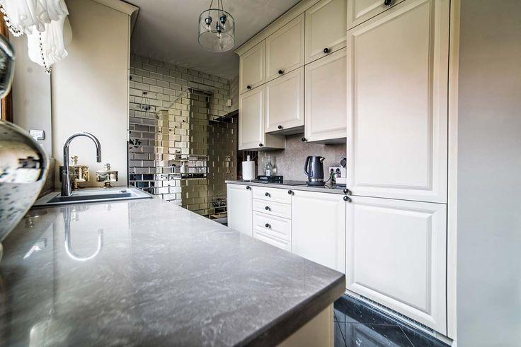 Wnętrze stylowej, ale nowoczesnej kuchni projekty Mobiliani Design (realizacja wykonana pod klucz). Więcej realizacji wnętrz na http://mobilianidesign.pl/realizacje-pod-klucz/