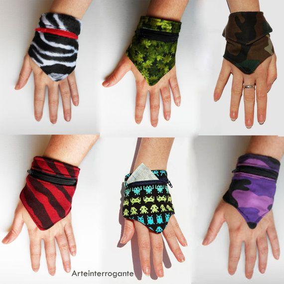 Purse  Wrist / Monedero  Muñequera tribal by ArteinterrogantE, €7.00
