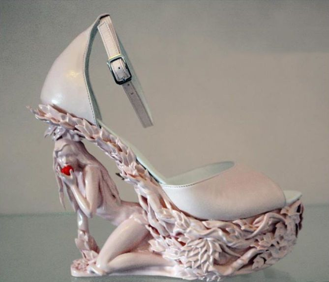 1Here are some of the looks to 3D Printing for the Future of Italian Shoe Making!