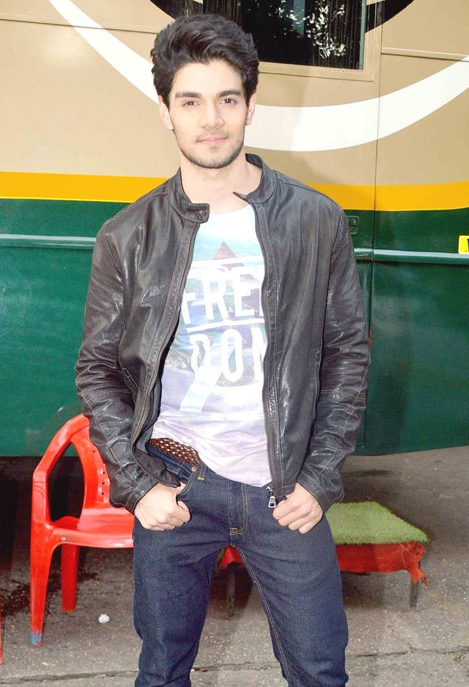 Sooraj Pancholi at Filmistan Studio in Goregaon, Mumbai. #Bollywood #Fashion #Style #Handsome