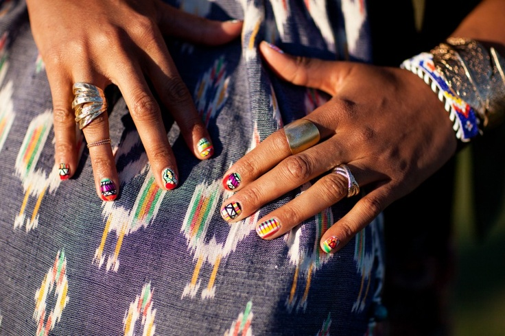 Fun graphic nails spotted at Coachella. Photo by Mark Iantosca.: Nails Art, Colors Nails, Nails Spots, Tribal Nails, Fun Graphics, Graphics Nails, Mark Iantosca, Accessories, Music Festivals