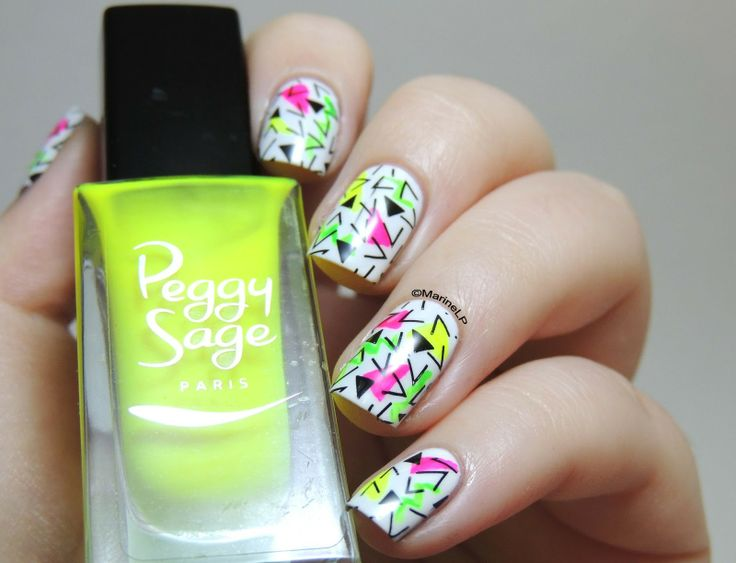 Nailstorming - Retour en enfance - Back to the 90's - 90's nails - 90's print - neon - Peggy Sage - geometric shapes - Pueen05 stamping
