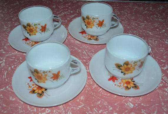 Set of 4  Retro Plastic Cups & Saucers  PMP by AntiqueRetroVintage, $14.00