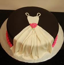 Pretty Cake with Fondant of a wedding gown