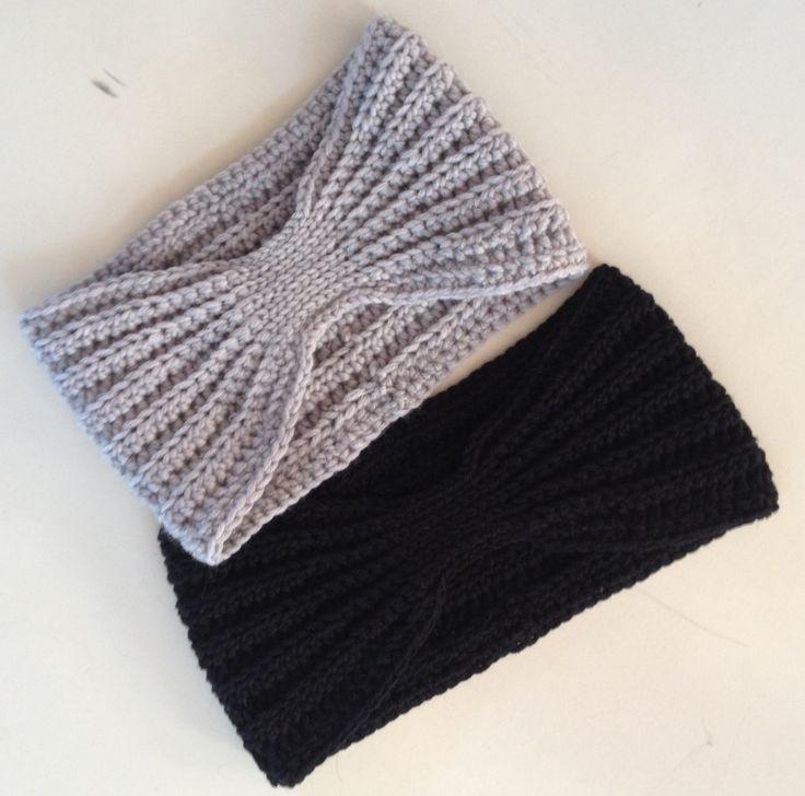 Hæklet pandebånd med rib-effekt 100% uld. Pandebåndet kan laves to størrelser, large og medium. Opskriften er i PDF fil, og jeg sender den på email...