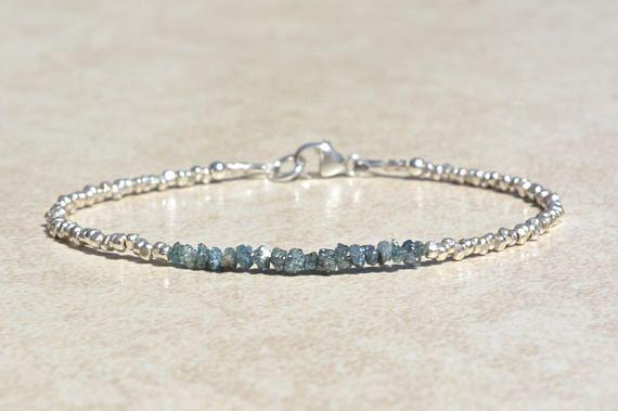 Blu braccialetto di diamanti, diamante grezzo grezzo genuino bracciale, gioielli con diamanti, aprile Birthstone, argento Sterling, delicato bracciale Skinny