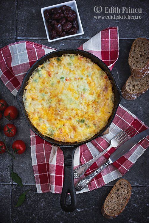 Frittata cu sunca si legume- Frittata, aceasta sora mai bogata, din strainatate, a omletei, este o alegere la indeamana atunci cand nu avem timp pentruo masa mai complexa, este ideala