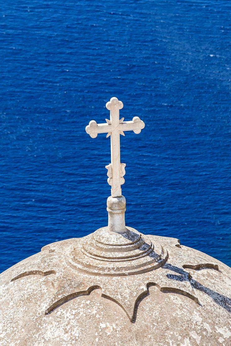 Cross at Thira, Santorini