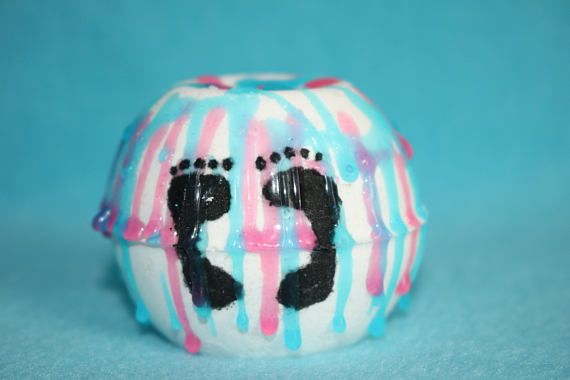 Check out this item in my Etsy shop https://www.etsy.com/listing/574944830/2-gender-reveal-bath-bombs-bath-bomb