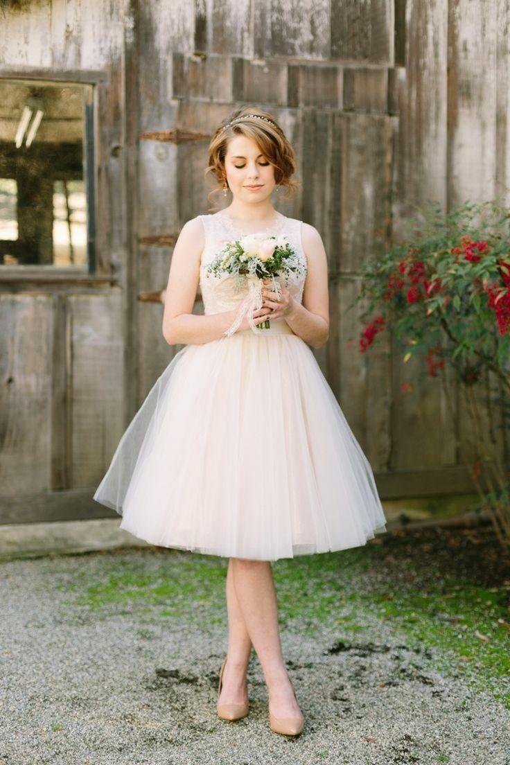 1024 best Brautkleider images on Pinterest   Wedding frocks, Bridal ...