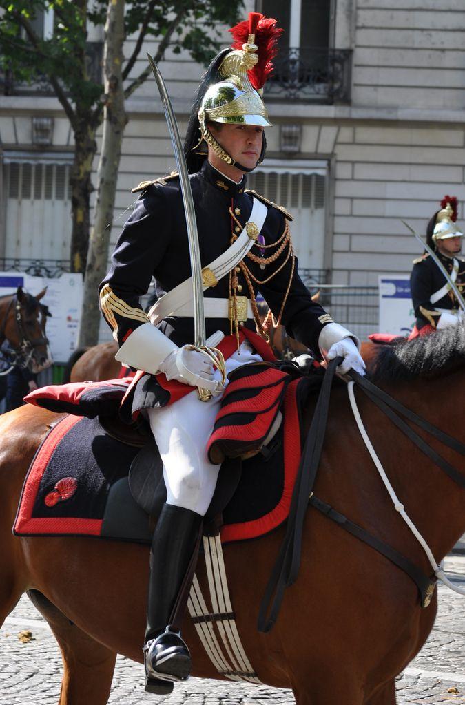 https://flic.kr/p/a9r4wS | Garde Republicaine Francaise - Guardia Republicana Francesa | La escolta a caballo y motorizada del Presidente de France. President of France Cavalry and Motorcyclist Escort