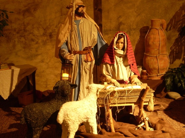 Paper Mache Life-Sized Christmas Nativity ***This website has tutorials and recipes!  *** I would SO love to do this and put it in our barn for area children to see at Christmastime and have it lit by lantern light. It would be so magical for little ones.