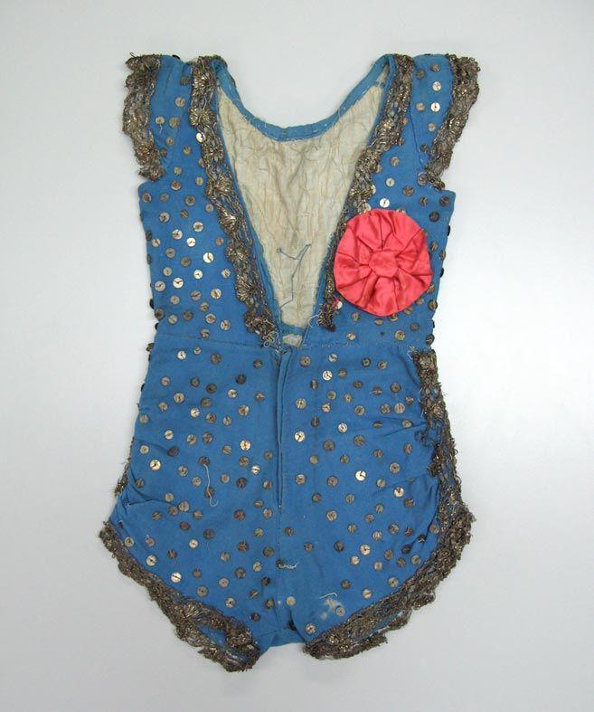 vintage child's costume, Museum of London