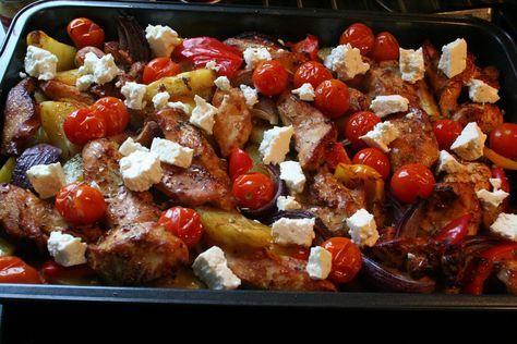 I våras bjöd några vänner oss på en riktigt god middag - Grekisk pytt i panna. Sedan dess har jag tänkt laga något liknande hemma också me...