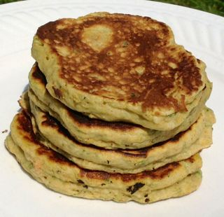 """I had leftover pulp from Delicate Pear that I didn't use in the muffin recipe, so this morning I made pancakes and had """"second breakfast."""" If the hobbits got anything right…"""