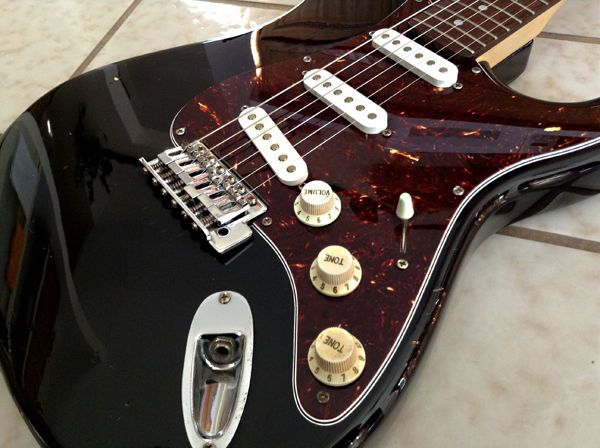 Fender Squier Bullet Strat black with new Warmoth tortoise pickguard!!