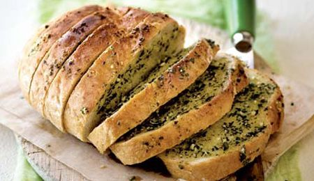 Classic garlic butter bread